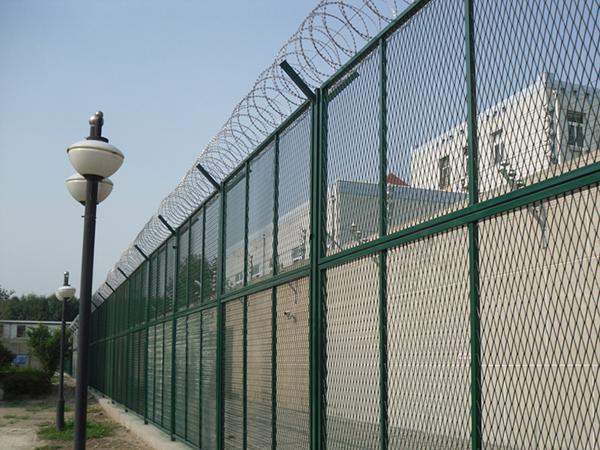 黑龙江省东风监狱隔离网项目