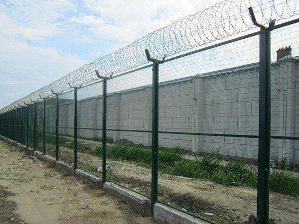 监狱隔离栅3.jpg
